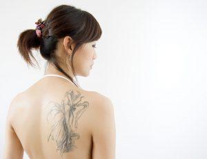 """温泉やプールに生命保険にも影響が?!【刺青・タトゥー""""アリ""""】の不便を考えてみました!"""