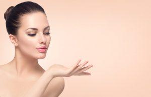 海外と日本、美容医療の認識の違いはいかに? ~美容目的の海外旅行は、アリ?ナシ?~